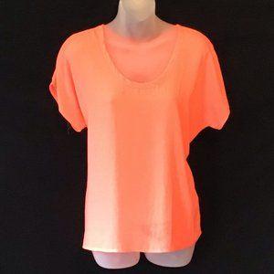 Soprano bright orange blouse